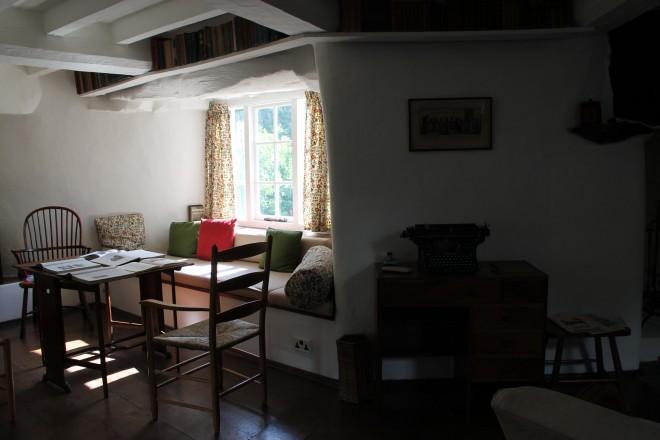 Stoneywell-Cottage-15