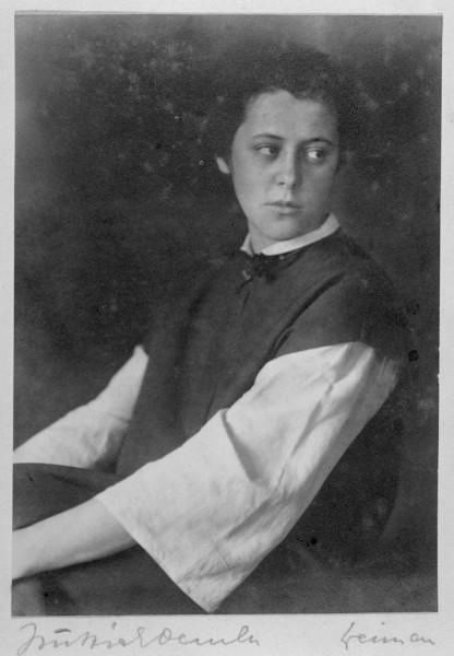 csm_Siedhoff-Buscher_Alma_Portraet_Atelier_Huettich_Oemler_1923_472b32b396